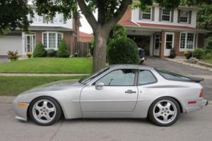 Porsche: 944 Turbo Photo