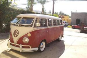 1967 Volkswagen Bus/Vanagon Deluxe 13 Window Photo