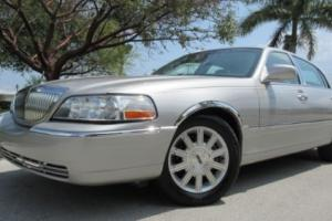2006 Lincoln Town Car Limited