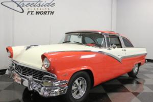 1956 Ford Fairlane Crown Victoria Photo