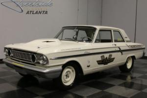 1964 Ford Fairlane Photo