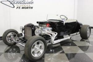1927 Ford Model T Roadster Photo