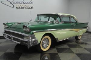 1958 Ford Fairlane 500 Photo