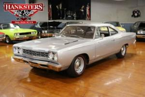 1968 Plymouth Road Runner -- Photo