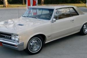 1964 Pontiac GTO Photo