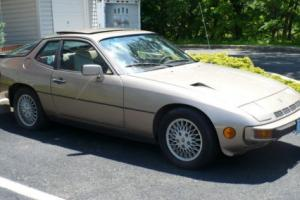 1982 Porsche 924 TURBO Photo