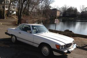 1989 MERCEDES BENZ 560SL LOW MILES CONVERTIBLE WHITE BLUE  LEATHER 560 sl 52K