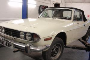 TRIUMPH STAG AUTOMATIC - MOT TO 30/05/2013 - RUNS WELL - NEEDS WORK FOR NEXT MOT  Photo