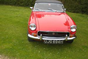 MGB Roadster 1970 - Recently restored/Tartan Red - Eye catching