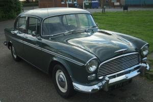 HUMBER HAWK WHITE/GREEN superb Classic car