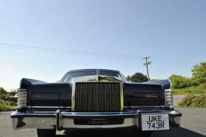 1977 LINCOLN TOWN CAR AUTO BLUE