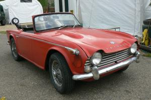 TRIUMPH TR4A 1966 FRESH TEXAS IMPORT.RUNNING.NEEDS WORK.  Photo
