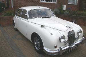 1962 JAGUAR MK II JAGUAR MK2 3.8 MANUAL WITH OVERDRIVE WHITE