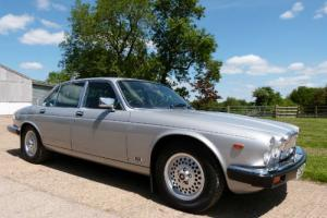 JAGUAR XJ6 4.2 SALOON - OUTSTANDING CONDITION