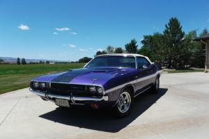 1970 R/T CONVERTIBLE PLUM CRAZY NUMBERS MATCH!