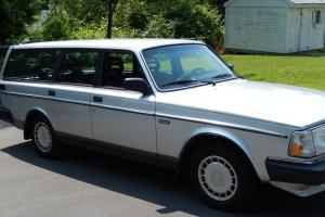 immaculate 1989 Volvo 240 Wagon, 149,000 miles