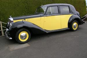1951 Bentley MkVI 4.2 Saloon B177LH.  Photo