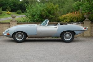 1962 JAGUAR 3.8 E TYPE ROADSTER