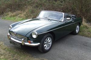 1969 MG B ROADSTER BRITISH RACING GREEN FAB