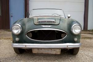 1958AUSTIN HEALEY 100-6.    NEEDS RESTORED Photo