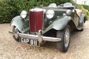 MG TD 1952 Metallic Almond Green. Beige leather interior. Beige Tonneau