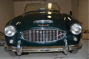 1960 Austin Healey 3000 BT7 classic British roadster racing green Restored
