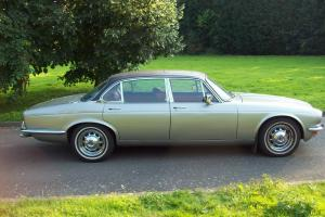 1978 DAIMLER SOVEREIGN 4.2 LWB AUTO SILVER  Photo
