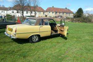 MANUAL V8 S ROVER P6.  Photo