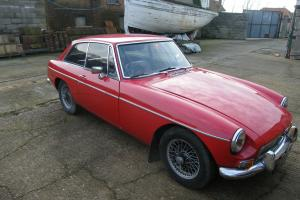 MGB GT 1967 Classic Racing Red  Photo