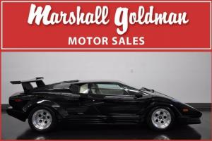 1989 LAMBORGHINI COUNTACH 25TH  BLACK  ANNIVERSARY 9300 MILES REAR WING