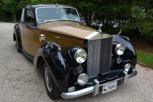 1954 one family owned Rolls Royce Silver Dawn. Photo
