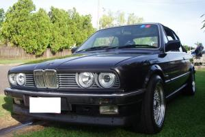 BMW E30 320i 1988 Black Convertible 6 Cylinder 5SP Manual Ingham NTH QLD