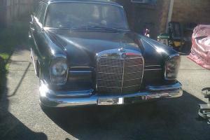 Mercedes Benz 1960 Finnie V8 Project