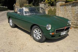 MGB Roadster, 1975, Brooklands Green.  Photo