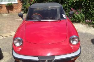 1989 ALFA ROMEO SPIDER RED