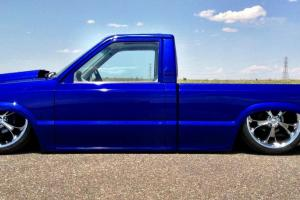 Lowrider Custom Pickup - Mazda B2200 w/Chevy Smallblock 350