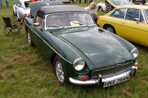 1975 MGB ROADSTER DARK BRG  Photo