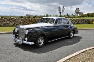 1957 BENTLEY BLACK/SILVER