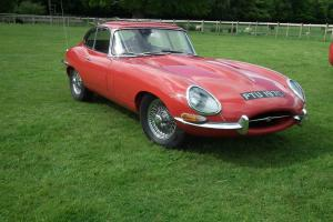 Jaguar E type 1965 4.2 Series 1 FHC UK car  Photo