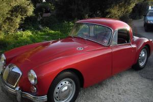 MGA coupe 1600  Photo