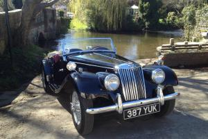 MG TF1250 1954 in Black with Red Leather Interior