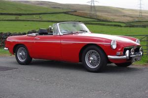 1970 MGB Roadster, lovely all round condition, and a nice driver Photo