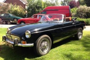 MGB ROADSTER IN BLACK GOOD CONDITION