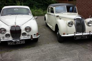 WEDDING BUSINESS FOR SALE RILEY RMF 2.5 1953. / JAGUAR 3.4S 1968.  Photo