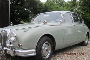 Daimler V8 250 1967 Pearl Silver  Photo