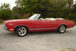 1970 OLDS CUTLASS SUPREME CONVERTIBLE,BARN FIND,SURVIVOR,SOLID 422 CLONE PROJECT
