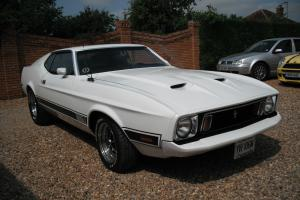 FORD MUSTANG MACH 1. 1973, 76000 MILES, WHITE MINT CONDITION