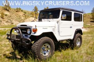 ***  1977 Toyota Land Cruiser FJ40 - Fully Rebuilt with Chevy 350  ***