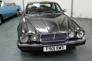 Jaguar Sovereign V12 Series 3 XJ1989 Double Six  Photo