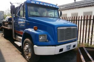 AMERICAN STYLE 14t RECOVERY BEAVER TAIL,POSSIBLE SHOW TRUCK. UNFINISHED PROJECT